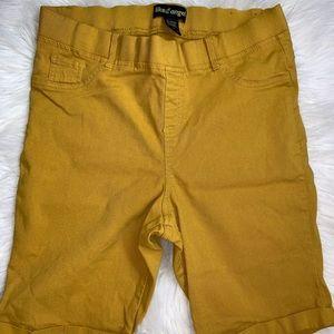 Mustard Capris jeans  💛